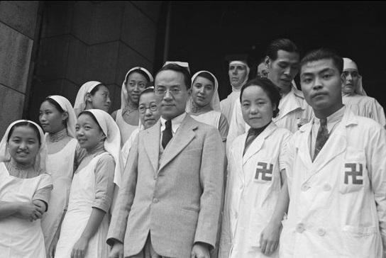 Hospital nurses and staff, Shanghai
